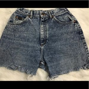 Ladies Vintage cut off shorts